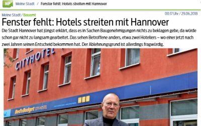 2018/06/26 Neue Presse Hannover – Fenster fehlt: Hotels streiten mit Hannover
